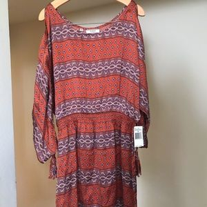 Guess silk cold shoulder tunic